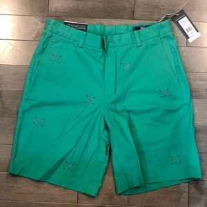 Vineyard Vines Men's Green Golf Shorts Sise 32 NWT